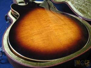 Ibanez Artist AS-200