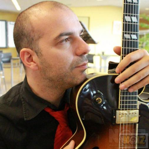 Online Μαθήματα Ηλεκτρικής και Ακουστικής κιθάρας