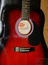 Stagg ηλεκτροακουστική κιθάρα σε μαύρη & σε κόκκινη-μαύρη