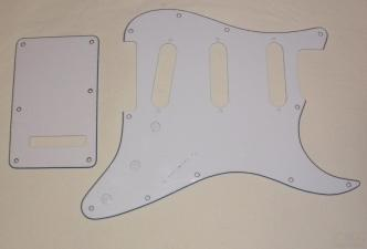 11-βιδό White Pickguard SSS