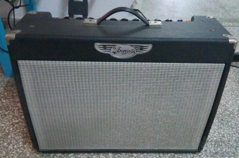 Ενισχυτης Κιθάρας Traynor 80