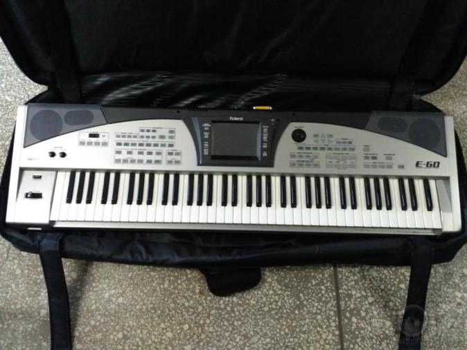 Roland E-60 Workstation