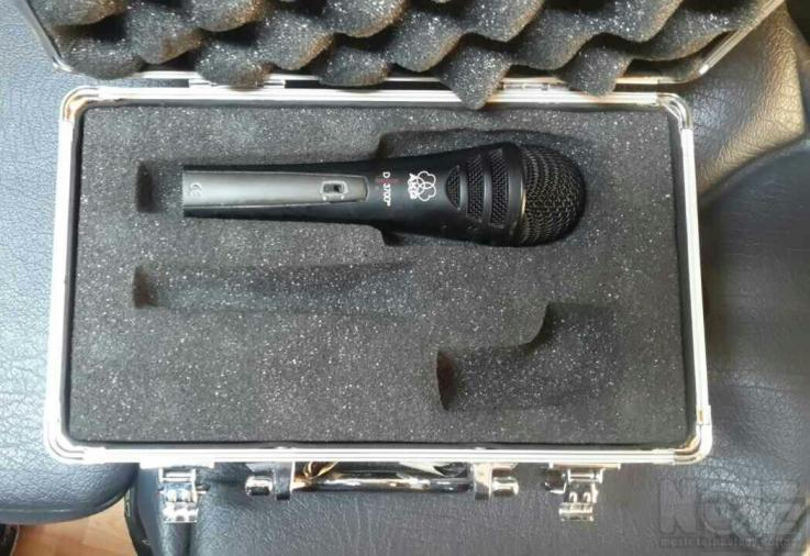 Μικρόφωνο AKG D3700