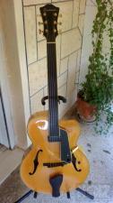 Άταστη κιθάρα Eastman AR805CE Uptown
