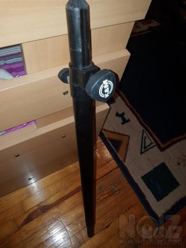 K&M Distance Pole