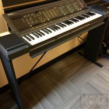 Αρμόνιο, Συνθεσάιζερ, Yamaha PSR 6300