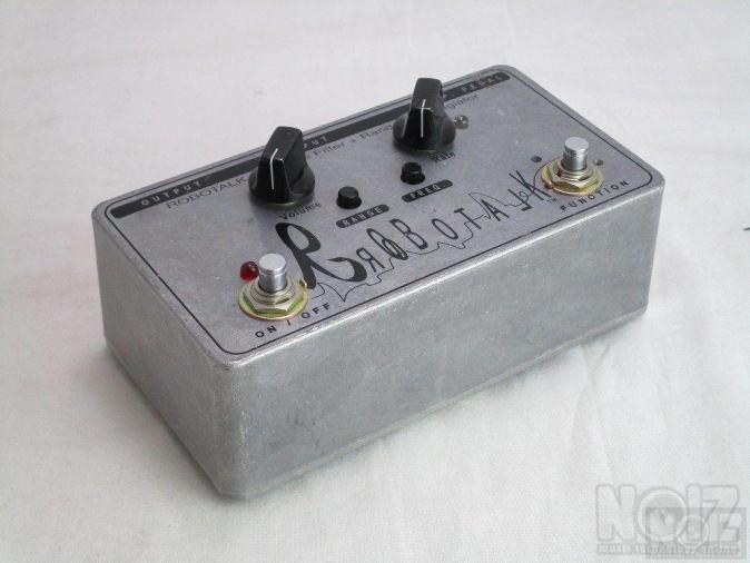 Xotic ROBOTALK Envelope filter for guitar