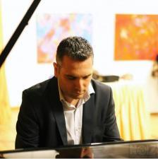 ΜΑΘΗΜΑΤΑ μοντέρνου πιάνου (jazz, blues, funky, rock),