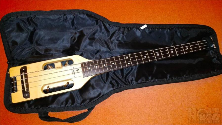 Traveler Guitars Ultra Light Bass