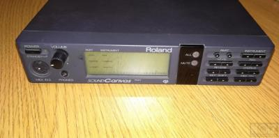Roland SC-55 Synthesizer
