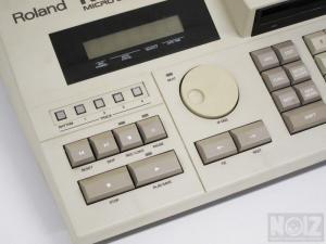 ROLAND MC-500 sequencer