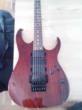 Κιθάρα Ibanez και ενισχυτής Marshall