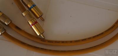 Ζεύγος καλωδίων Van Den Hul D-102 MK III