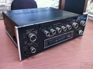McIntosh C30 Stereo Preamplifier