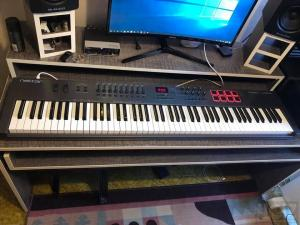 88 Keys MIDI Keyboard