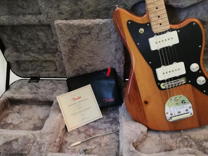Fender Jazzmaster pine (limited edition)