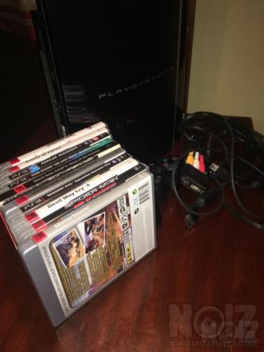 Playstation3 80GB με 10 παιχνιδια