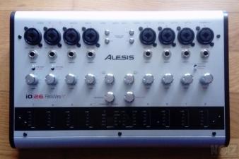 ALESIS IO26