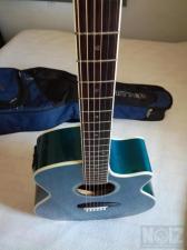 Ηλεκτροακουστική κιθάρα Dean