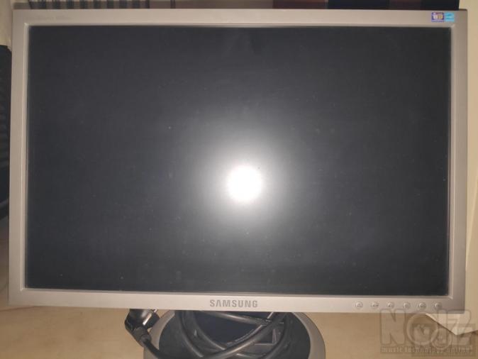 Οθόνη Samsung 940nw 19