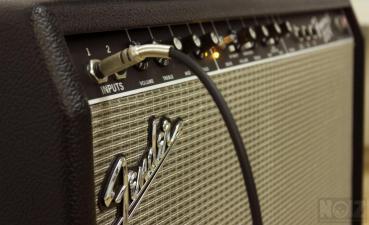 Μαθήματα Ηλεκτρικής και Ακουστικής Κιθάρας!
