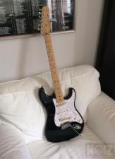 Fender Stratocaster standard USA 2005