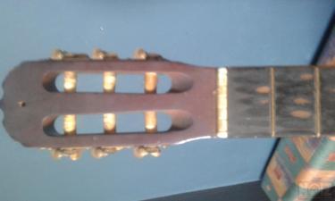 Vintage 60s-70s Classic Guitar