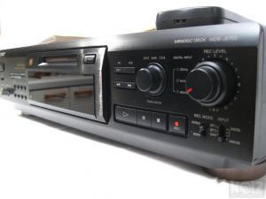 Sony Minidisc Recorder-Player MDS-JE700