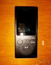 Sony NW-E394 (8GB)