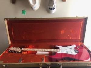 Νέα τιμή- Fender Stratocaster Eric Clapton - Torino Red