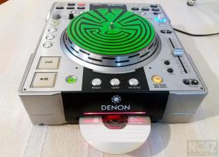 Denon DNS 3500 CD Player