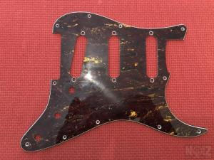 Fender SSS pickguard από Squier Classic Vibe 60s stratocaster