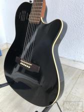 Godin A6 Ultra Black