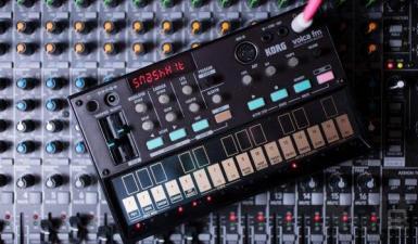 Volca FM Synthesizer