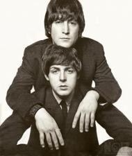Μουσικός/τραγουδιστής για Beatles project