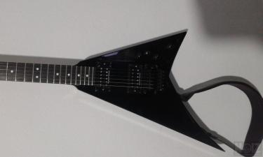 ΠΩΛΕΙΤΑΙ jackson performer flying v