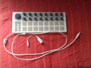 ARTURIA BEATSTEP USB/MIDI Pad controller