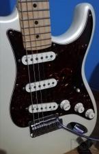 Fender pickguard - N3 noiseless pickups