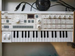 Korg Microkorg S synthesizer