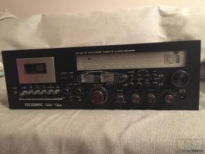 Πωλείται Συλλεκτικό Κασετόφωνο TecsonicR-218