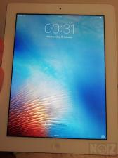 *Apple iPad 3rd Gen - Tablet 9.7
