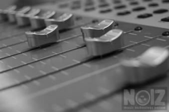 Αναλαμβάνουμε Recording/Mixing/Mastering κομματιού ή album