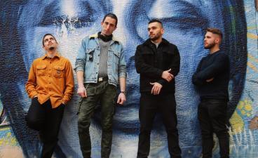 Ζητείται Πλήκτρας - R. Κιθαρίστας (2α φωνητικά) σε Eng Rock