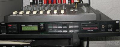 Yamaha TG55