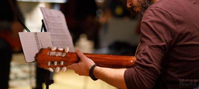 Μαθήματα κλασσικής -  ακουστικής κιθάρας