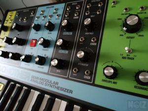 Μοοg Grandmother semi-modular analog synthesizer