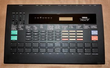 YAMAHA RX-7 Drum Machine